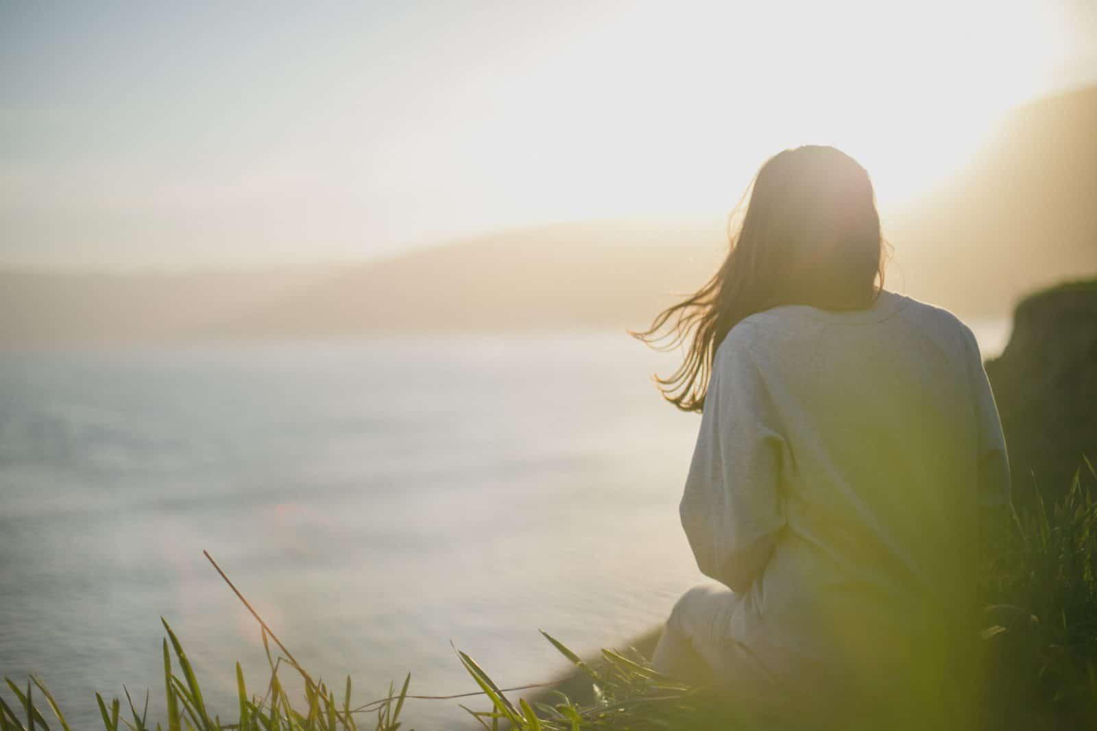 woman staring at ocean